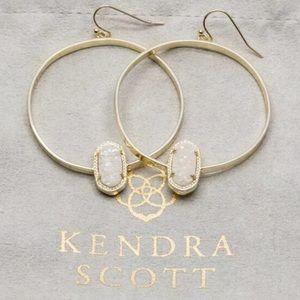 """NWT Kendra Scott """"Elora"""" gold hoops. w/ box & tag!"""